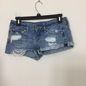 American Eagle Size 00 Distressed Shorts